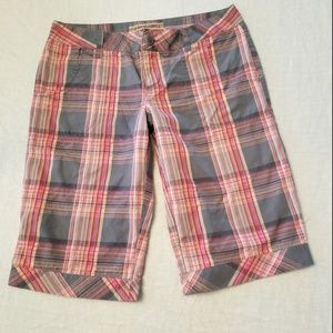 Volcom Plaid Burmuda Board Shorts Size 3